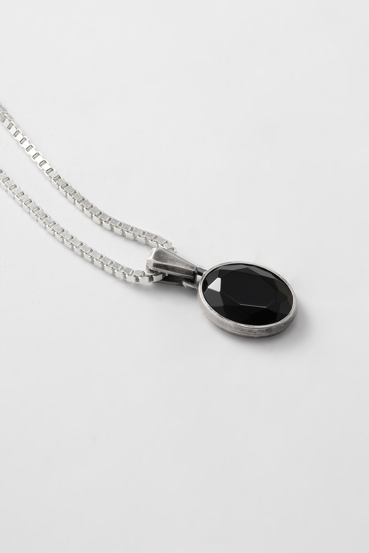 Oval Cut Onyx Necklace