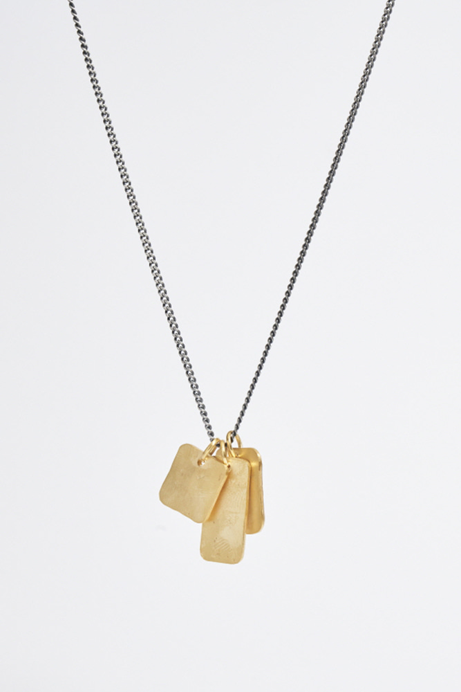 Gold Tag Pendent Necklace